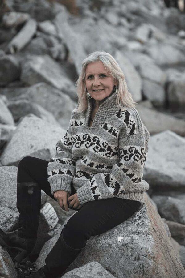 Sylvia Olsen Knitting